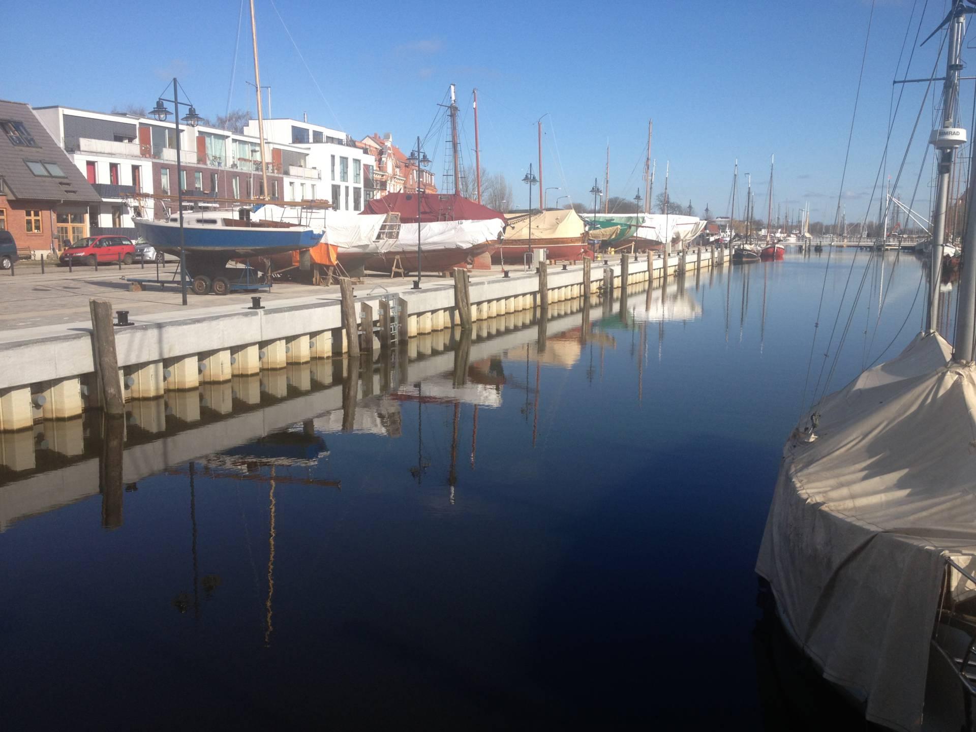 Foto 1 Uferbefestigung Museumshafen Greifswald Nordseite